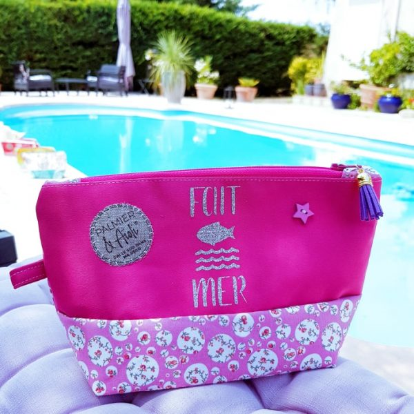 trousse-maquillage-rose